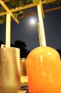 クリスタルボウルと月